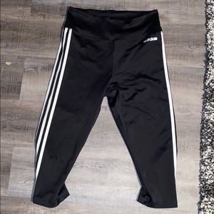 Adidas crop leggings